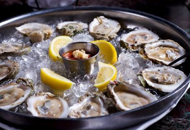 All-the-Shellfish-at-Dock's-Oyster-House