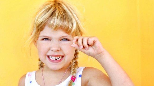 Teeth-Tossing-Greece