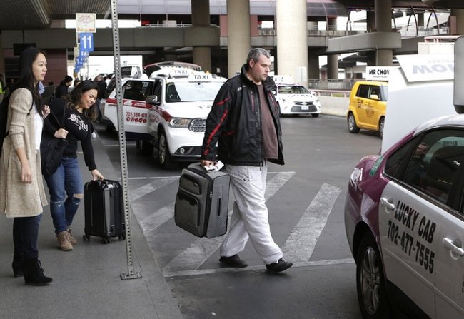 Watch-Out-For-Cabs-From-the-Airport